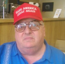 James Petrilli z Hazletonu bude voliť Trumpa. Foto - autor
