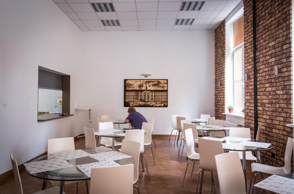 Jedáleň na neurológii v Starom meste. Foto N - Tomáš Benedikovič