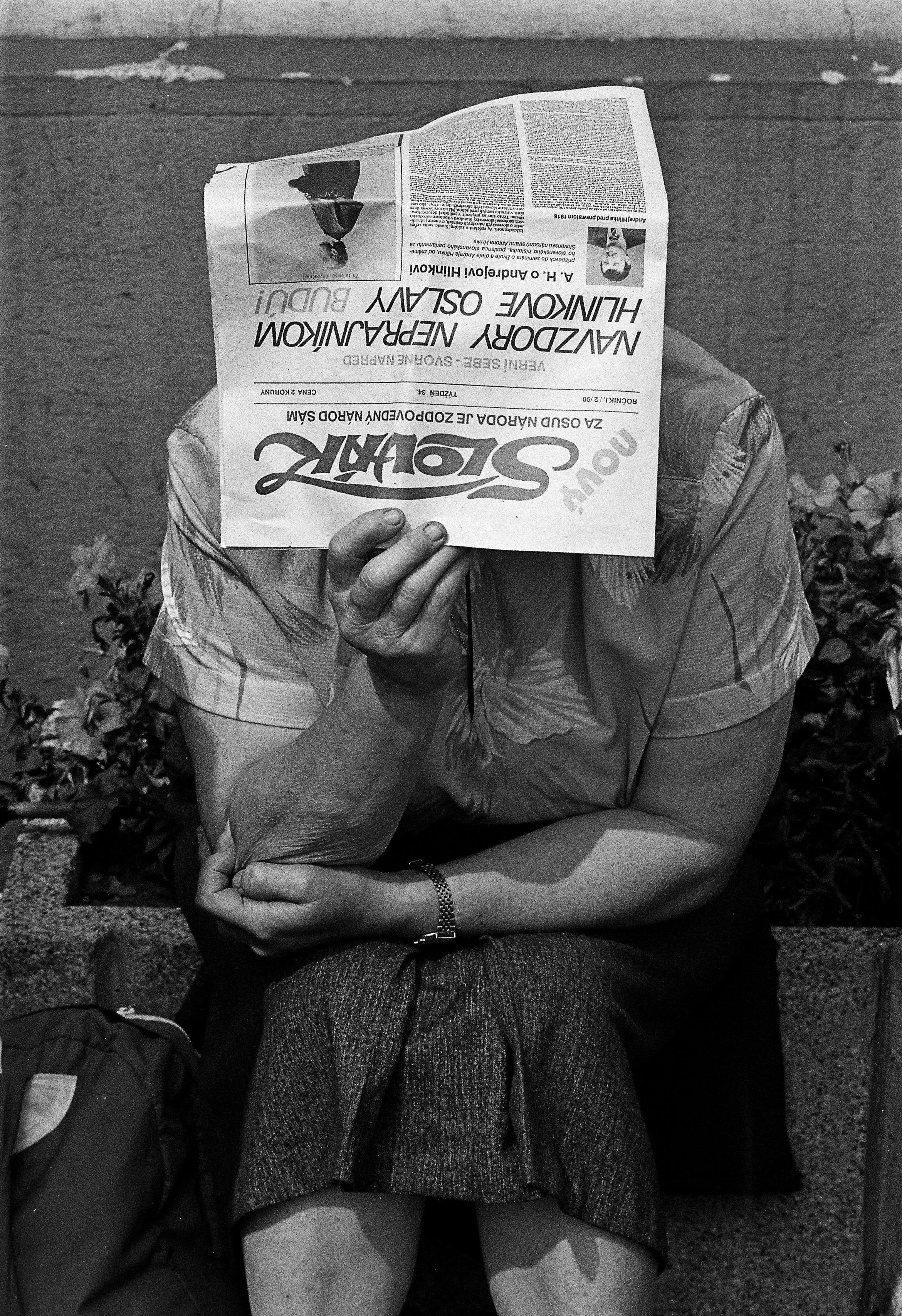 Hlinkove oslavy v Ružomberku v roku 1992. Na titulnej strane Nového Slováka je článok, ktorého autorom bol Anton Hrnko. Foto - Andrej Bán