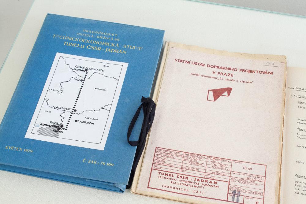 Dokumentácia tunela k Jadranu z Pragoprojektu Foto - archív Galérie hlavného mesta Prahy