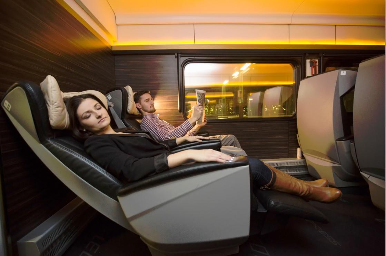 Cestovanie v luxusnej Premium triede vo vlaku LEO Express - foto: LEO Express