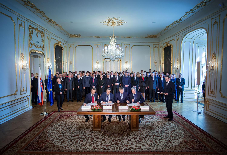 22. 3. 2016, Bratislava. Podpis koaličnej dohody na Bratislavskom hrade. Foto N - Tomáš Benedikovič
