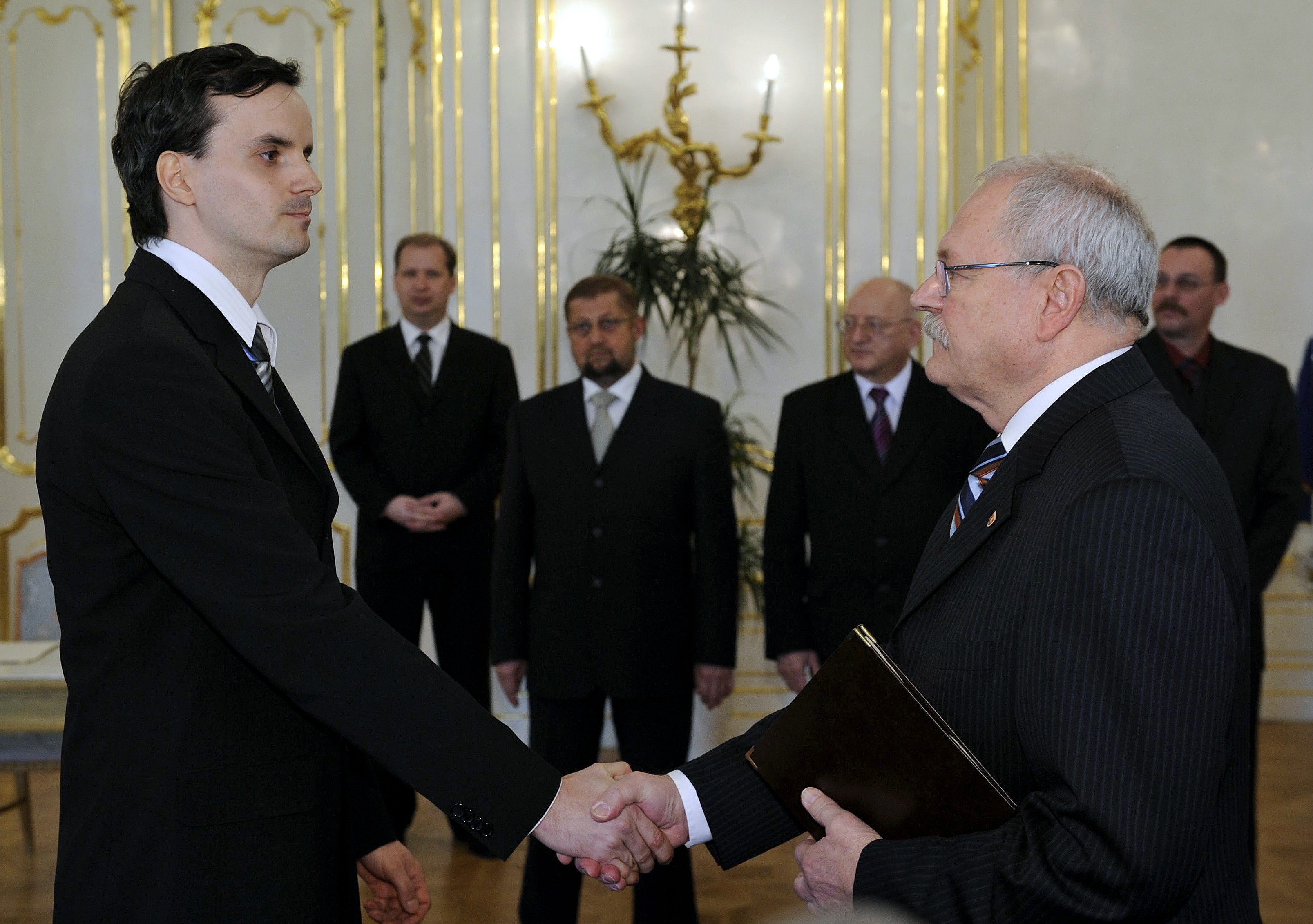 Petra Šamka vymenoval za sudcu prezident Ivan Gašparovič v marci 2008. FOTO TASR - Pavel Neubauer