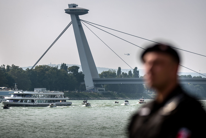16. 9. 2016, Bratislava. Európsky lídri na Dunaji počas bratislavského sumitu. Foto N - Tomáš Benedikovič