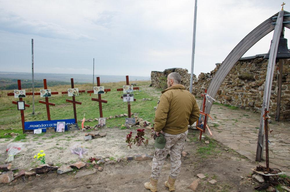 Pri pomníku neďaleko mesta Pervomajsk je cintorín, na ktorom sú pochovaní aj českí a slovenskí separatisti. Foto N – Tomáš Forró