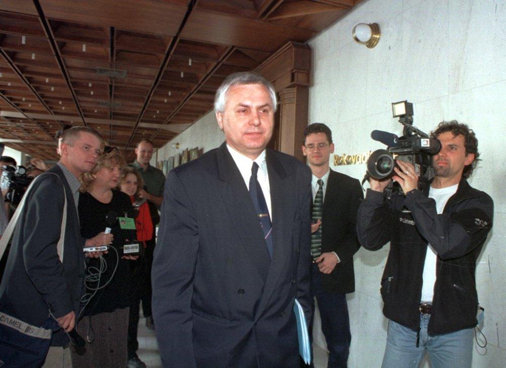 Predseda poslaneckého klubu HZDS Tibor Cabaj. foto - TASR