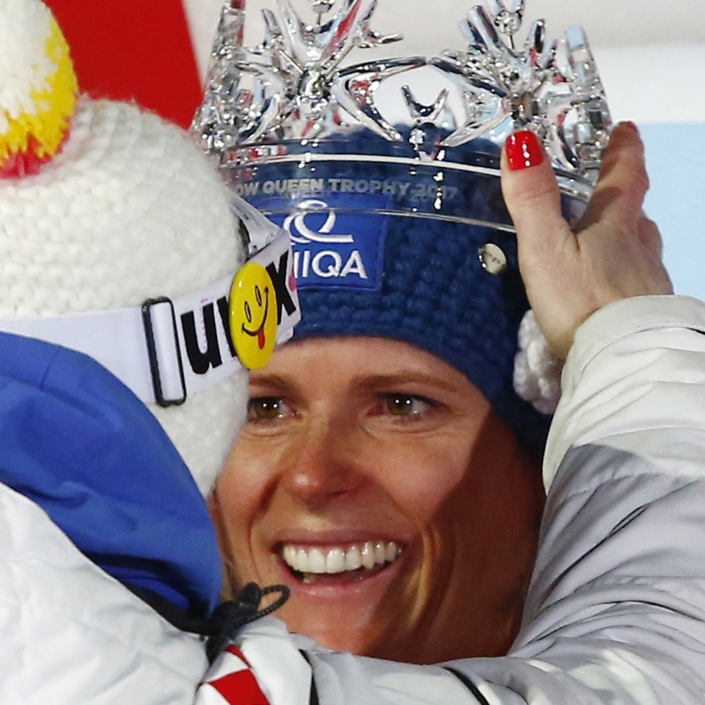 Slovakia's Veronika Velez Zuzulova, the winner, is crowned on podium after an alpine ski, women's World Cup slalom in Zagreb, Croatia, Tuesday, Jan. 3, 2017. (AP Photo/Giovanni Auletta)