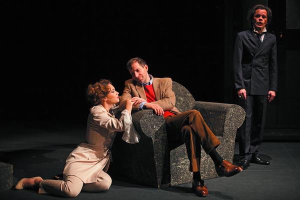 Dominika Kavaschová (Prvá milenka), Ondrej Kovaľ (Gróf), Robert Roth (Lucifer). Foto - Andrej Čanecký