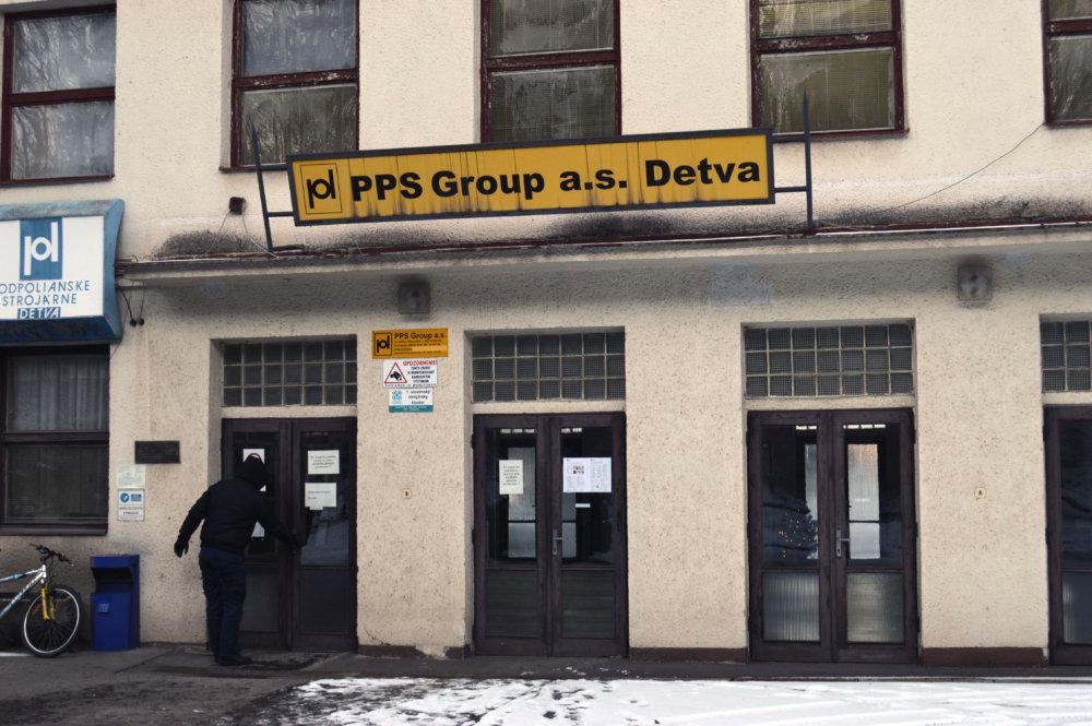 Brány do PPS Detva boli napokon zatvorené krátko. foto N - Daniel Vražda