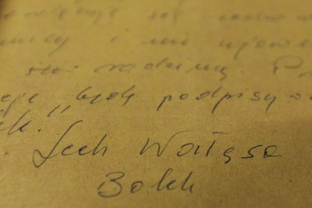 Podpis agenta Boleka je podľa grafológa pravý. Foto - tasr/ap