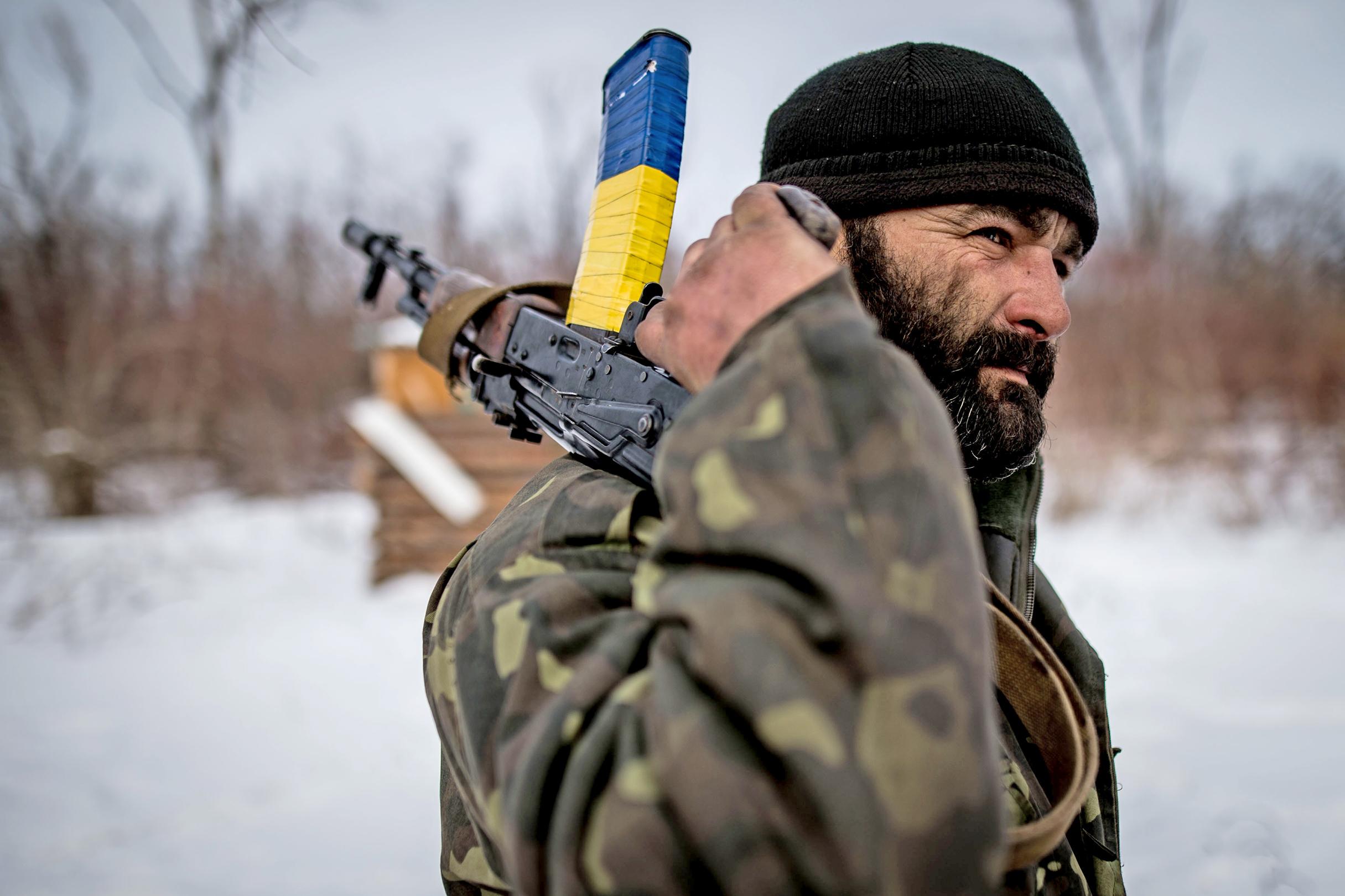 Na ukrajinskej pozícii Carska ochota, ktorá bola kedysi oddychovým miestom Avdijivky. Foto N - Vladimír Šimíček