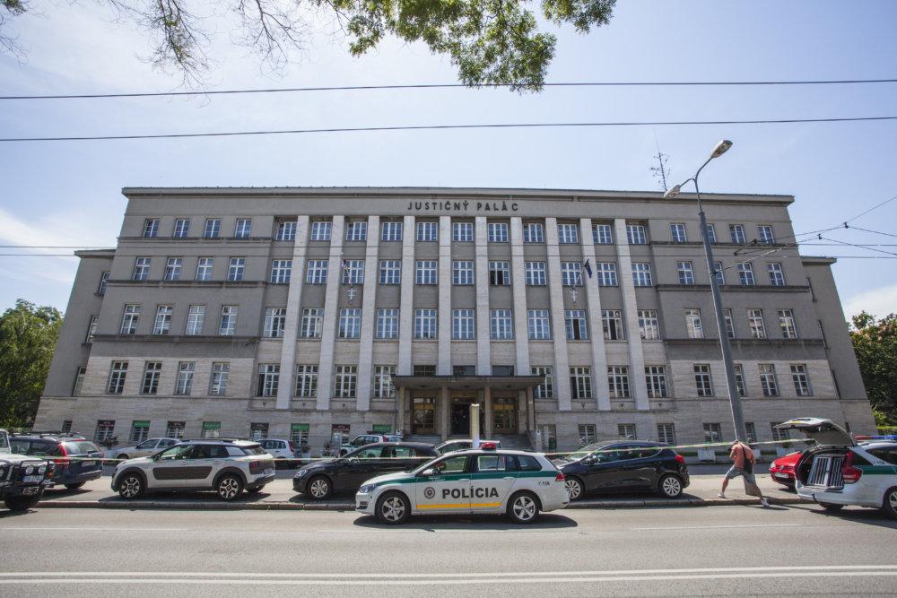 V Justičnom paláci je Krajský súd, Okresný súd Bratislava I aj väznica. Foto – TASR