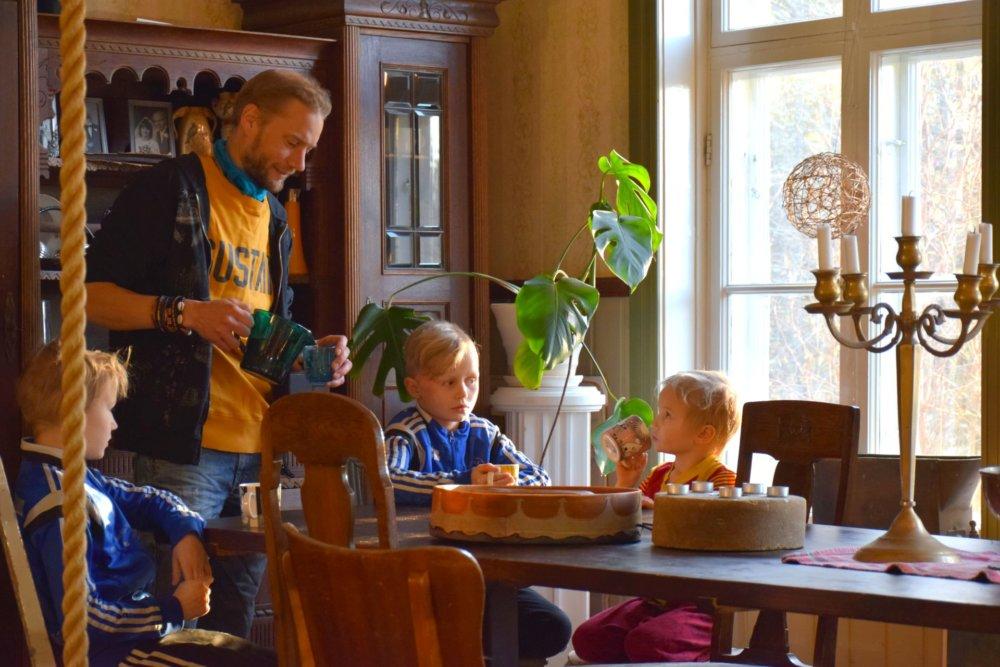 Juha Järvinen (38) žije s manželkou a piatimi deťmi na západe Fínska v meste Kurikka. Foto - archív J. J.