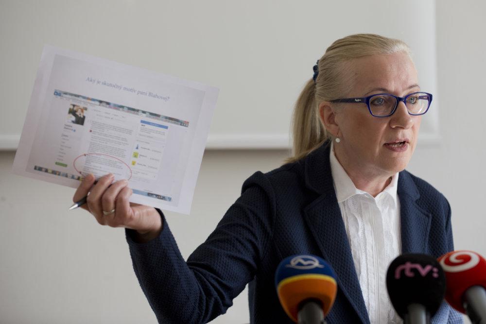 Zuzana Miková Tománková v stredu rozprávala o oplzlých rečiach poslanca s klientkou resocializačného zariadenia. Foto - TASR