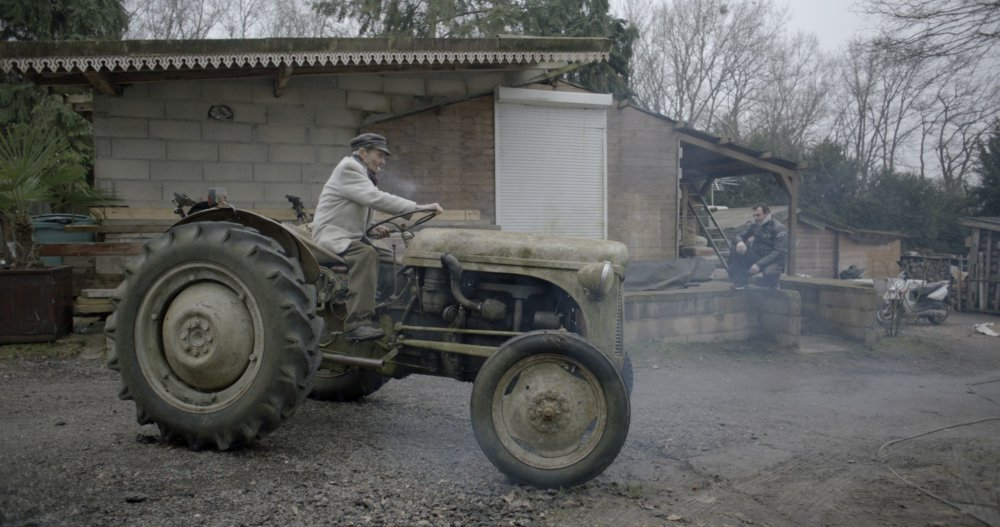 Deväťdesiatročný Francúz Raymond. Foto - záber z filmu Diera v hlave