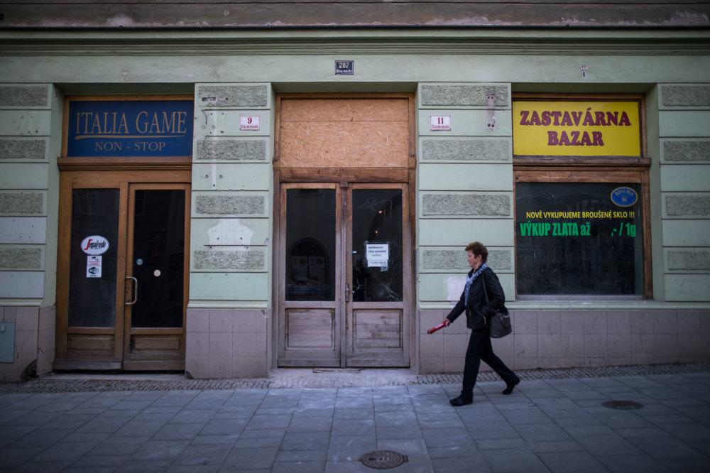 Herňa a susedná záložňa zatvorili. Foto N - Vladimír Šimíček