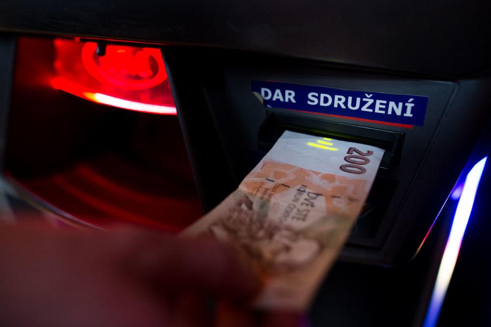Hazardné spoločnosti a herne skúšajú obchádzať zákon. Foto N- Vladimír Šimíček