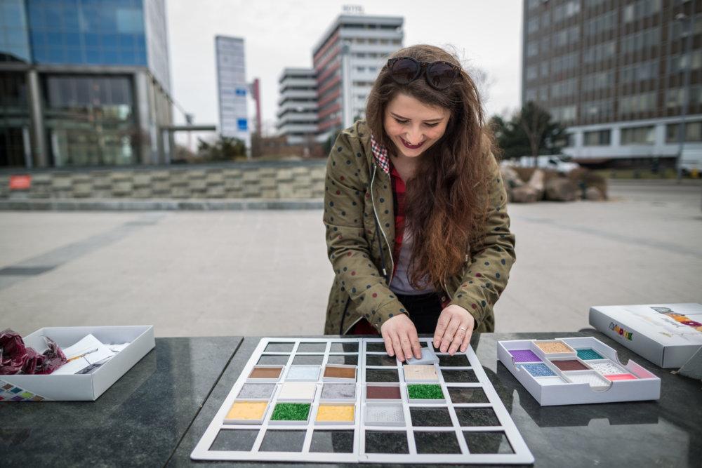Dizajnérka hry Memonik Nikoleta Čeligová. Foto N - Tomáš Benedikovič