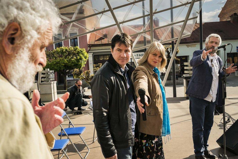 Prvá diskusia v Brezne. foto - Boris Németh/.týždeň