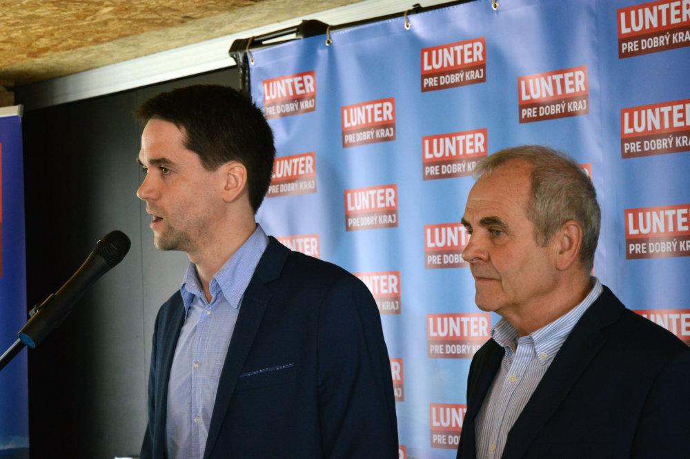 Lunter oznamoval kandidatúru so svojim synom Ondrejom. foto N - Daniel Vražda