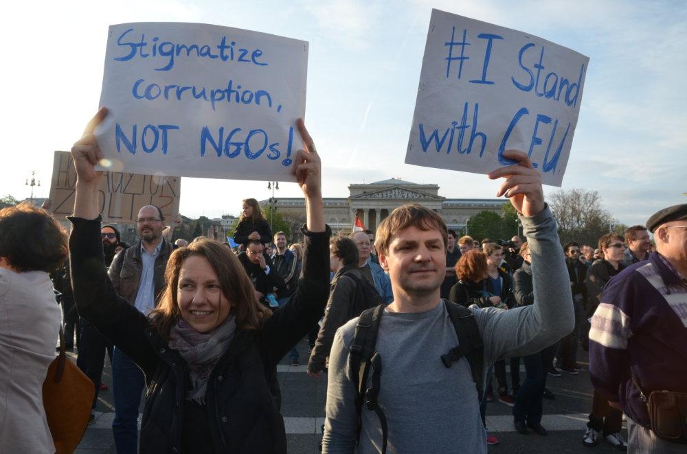 Namiesto korupcie sa Orbán sústredí na vojnu s univerzitou založenou Sorosom. FOTO N - Mirek Tóda