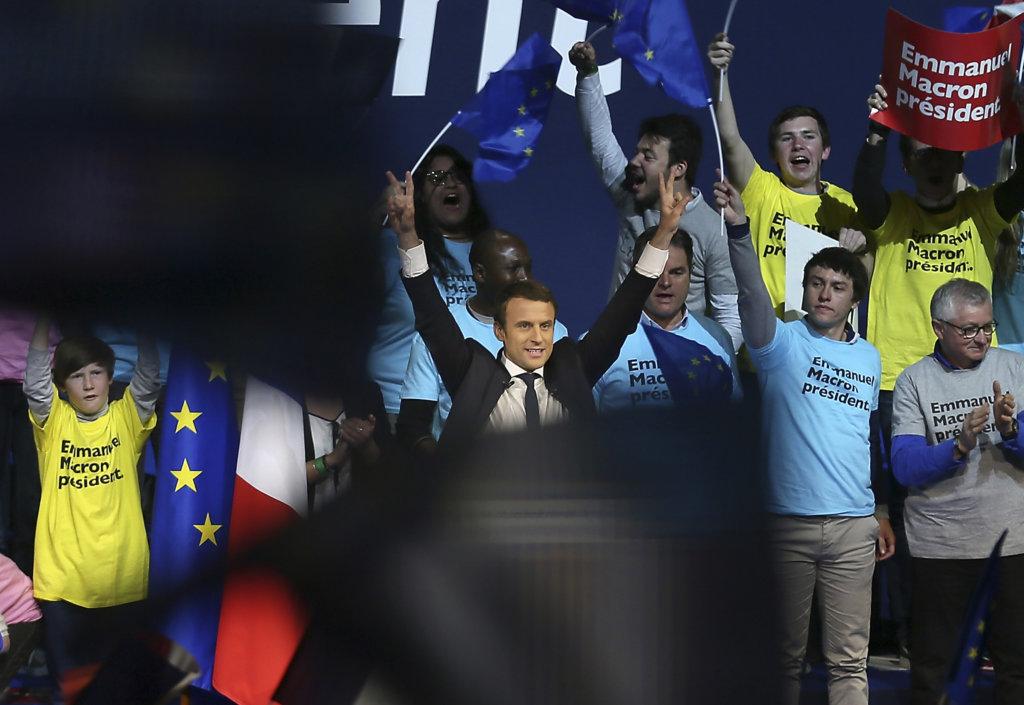 Budúcnosť Francúzska je podľa Macrona v EÚ. Foto - TASR/AP