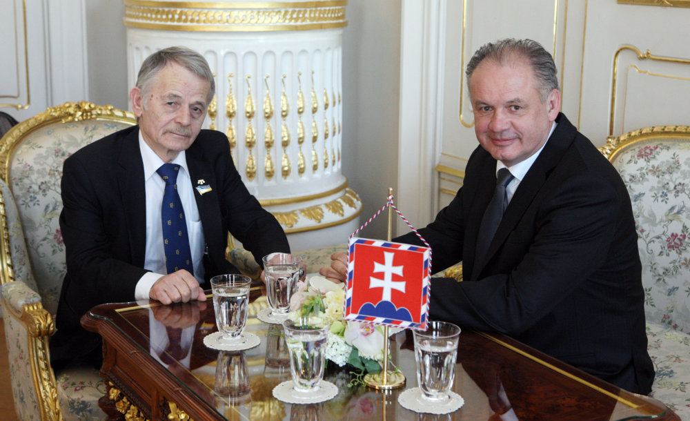 Džemilev s prezidentom Kiskom. Foto - Marian Garaj/Kancelária prezidenta