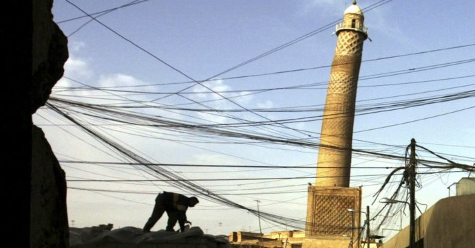 Islamský štát vyhodil do vzduchu slávnu mešitu v Mosule z 12. storočia, z ktorej vyhlásil kalifát
