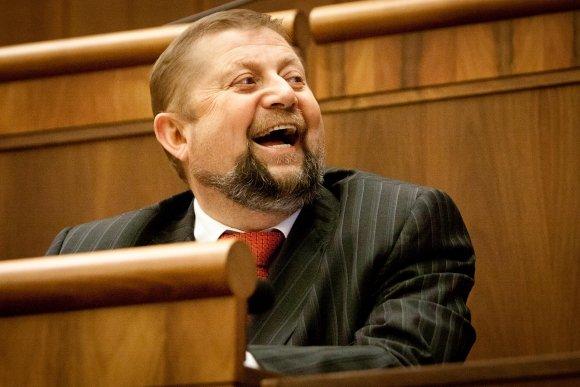 Harabin opäť vysúdil 150-tisíc eur od prokuratúry za prípad narkobaróna Sadikiho – Denník N