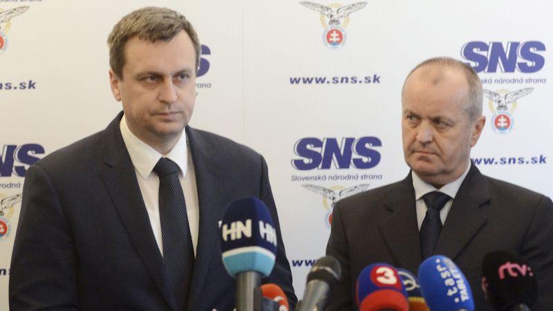Danko, Gajdoš, firmy blízke SNS a obrnené transportéry – Denník N