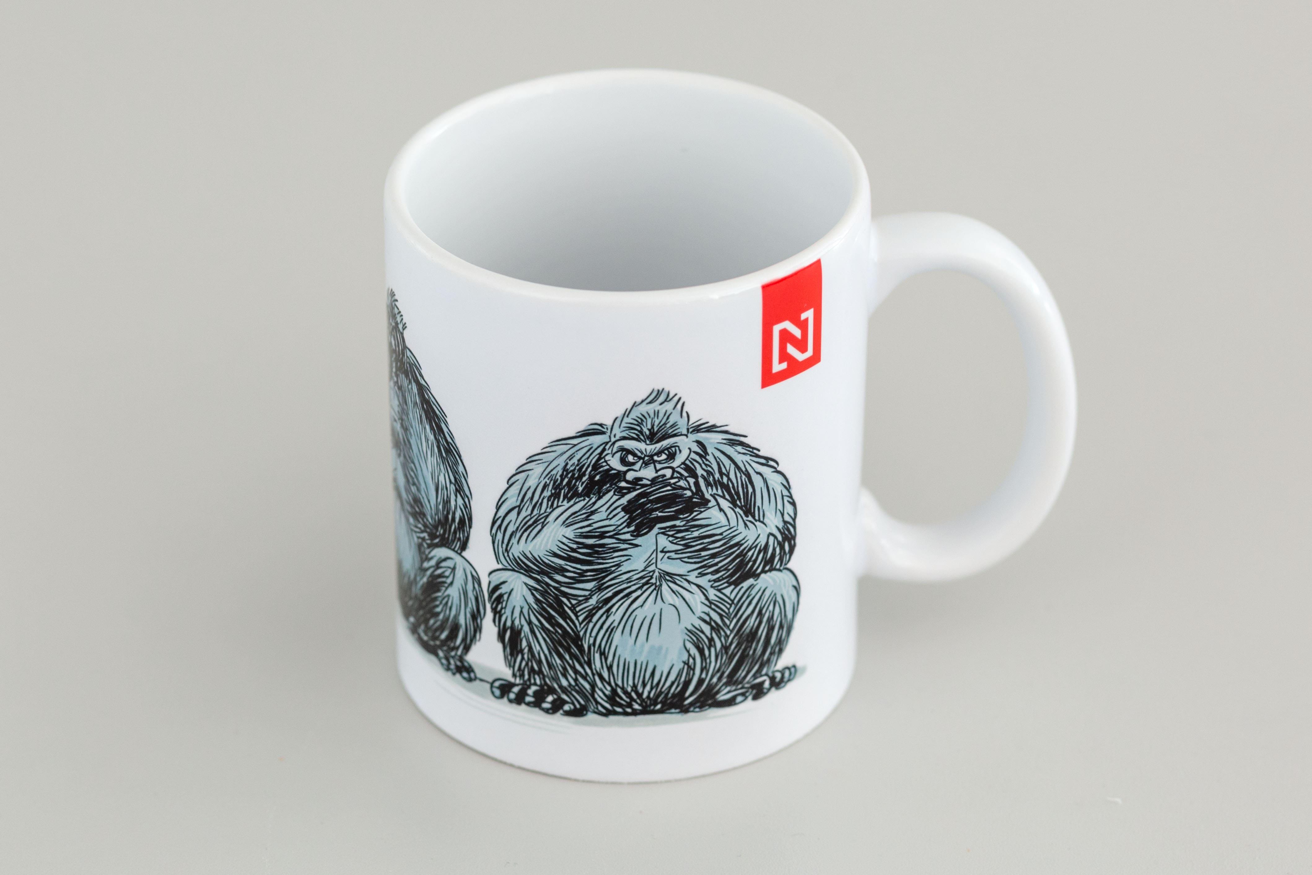 Gorila hrnček Denníka N od Shootyho