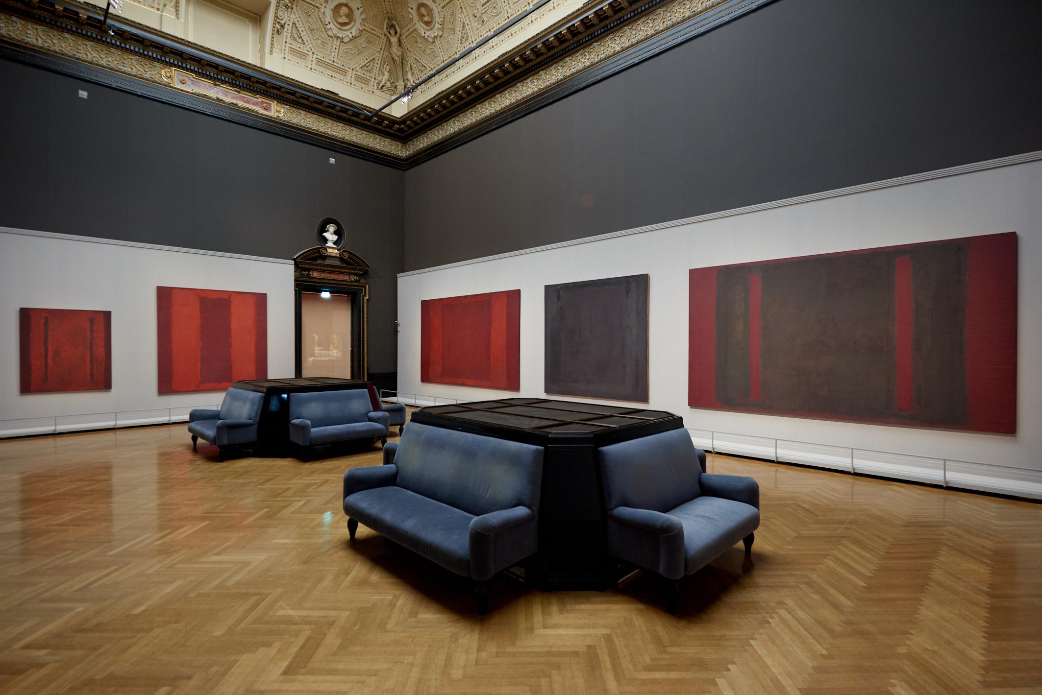 Ak rozumiete sebe, budete rozumieť aj Rothkovi. Vo Viedni je výstava maliara, pri ktorom diváci plačú