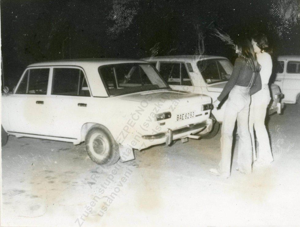 Svedkyne ukazujú na podobný typ auta