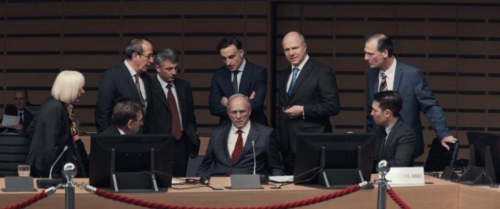 V ústredí postava Schaübleho, vtedajšieho ministra financií Nemecka.