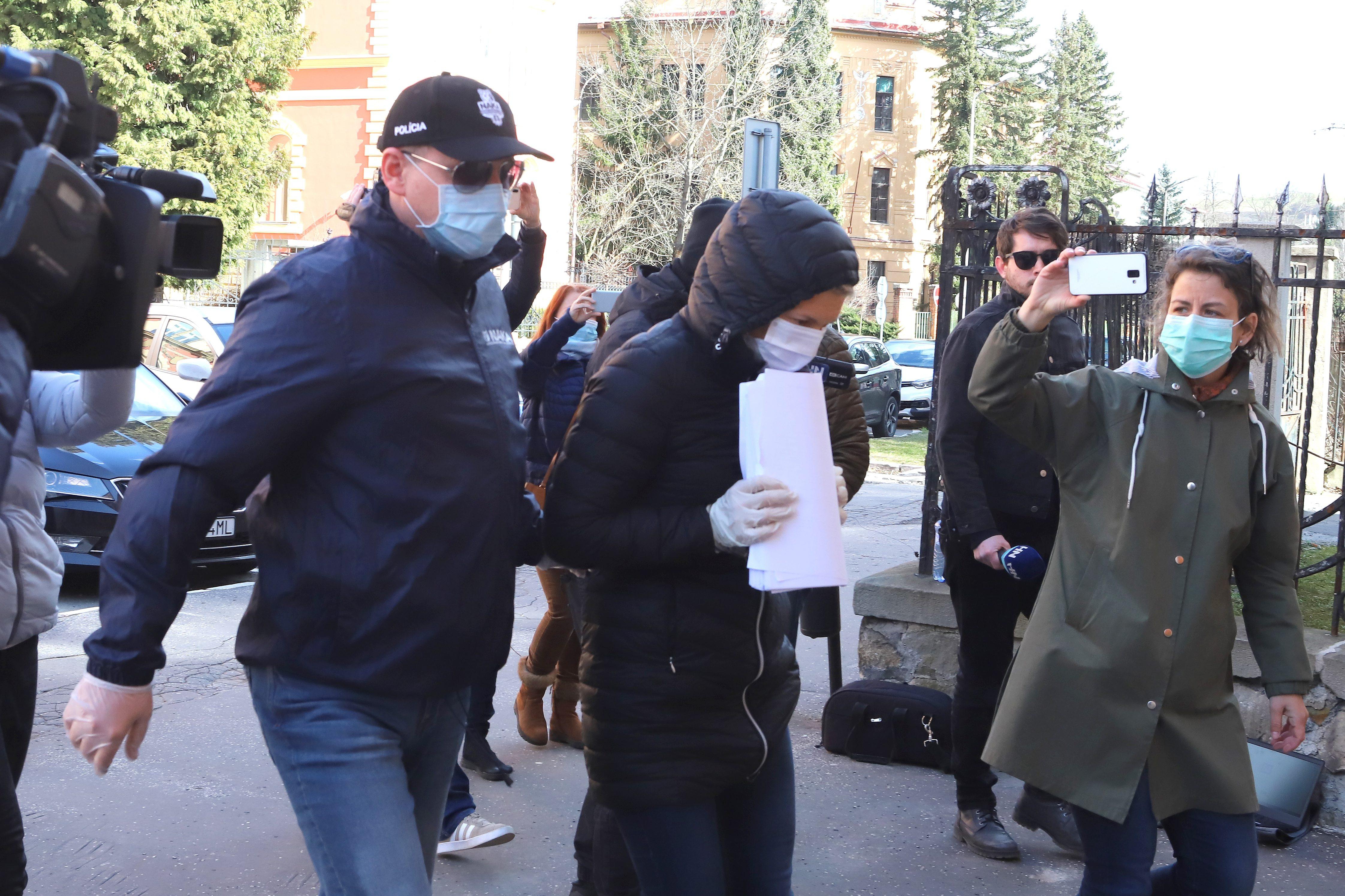 Miriam Repáková prichádza na Špecializovaný trestný súd. Foto - TASR