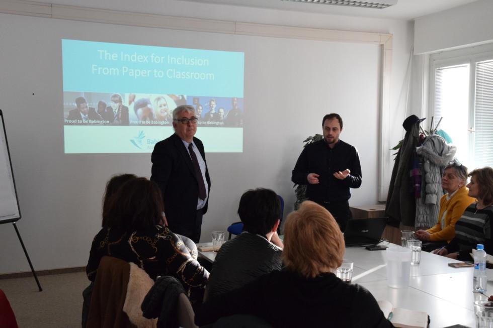 Prednáška a diskusia pre klub riaditeľov so špecialistom na inkluzívne vzdelávanie Markom Penfoldom.