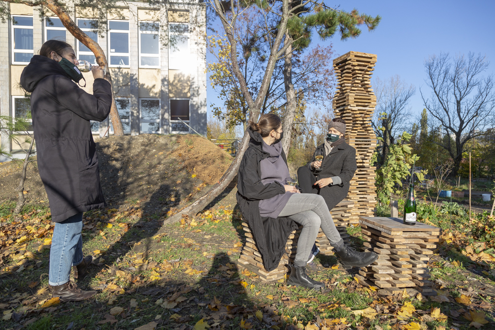 V bratislavskom Novom meste postavili mrakodrap bez stavebného povolenia